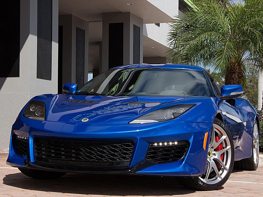 Lotus Evora 400 finished in Metallic Blue