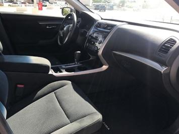 2015 Nissan Altima 2.5 S - Photo 6 - Honolulu, HI 96818