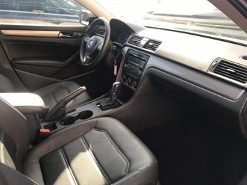 2015 Volkswagen Passat Limited Edition PZEV - Photo 5 - Honolulu, HI 96818