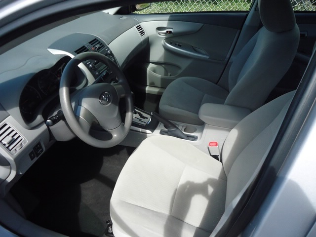 2010 Toyota Corolla LE - Photo 10 - Honolulu, HI 96818