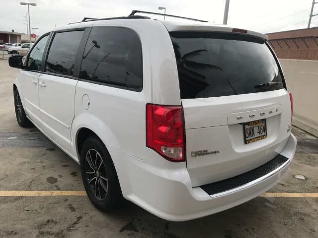 2016 Dodge Grand Caravan R/T - Photo 2 - Honolulu, HI 96818
