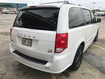 2016 Dodge Grand Caravan R/T - Photo 3 - Honolulu, HI 96818
