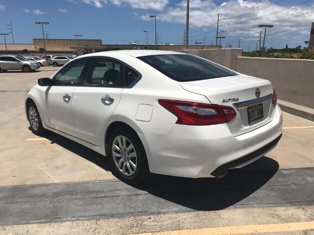 The 2016 Nissan Altima 2.5 S