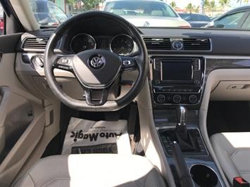 2016 Volkswagen Passat 1.8T SE PZEV - Photo 10 - Honolulu, HI 96818