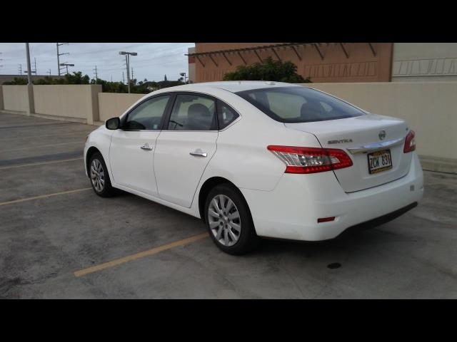 2015 Nissan Sentra S - Photo 7 - Honolulu, HI 96818