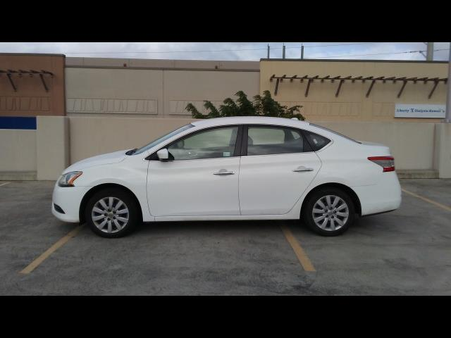 2015 Nissan Sentra S - Photo 6 - Honolulu, HI 96818
