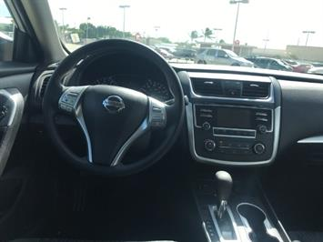 2016 Nissan Altima 2.5 S - Photo 11 - Honolulu, HI 96818