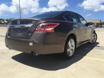 2013 Nissan Altima 2.5 - Photo 10 - Honolulu, HI 96818