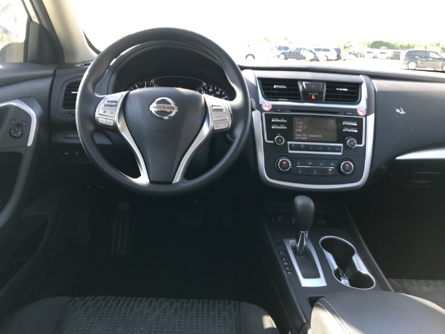 2016 Nissan Altima 2.5 S photo
