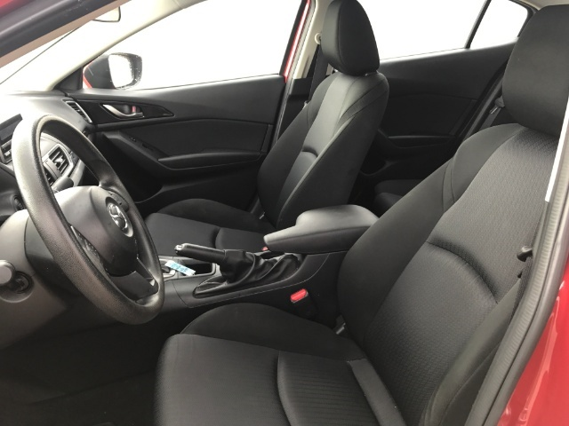 2014 Mazda Mazda3 i Sport - Photo 9 - Honolulu, HI 96818