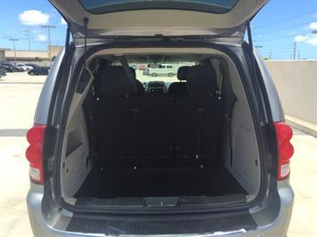 2014 Dodge Grand Caravan SXT - Photo 11 - Honolulu, HI 96818