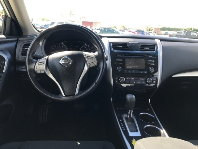 2014 Nissan Altima 2.5 SV - Photo 10 - Honolulu, HI 96818