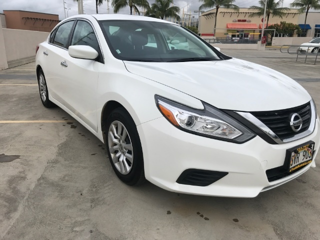 2016 Nissan Altima 2.5 photo