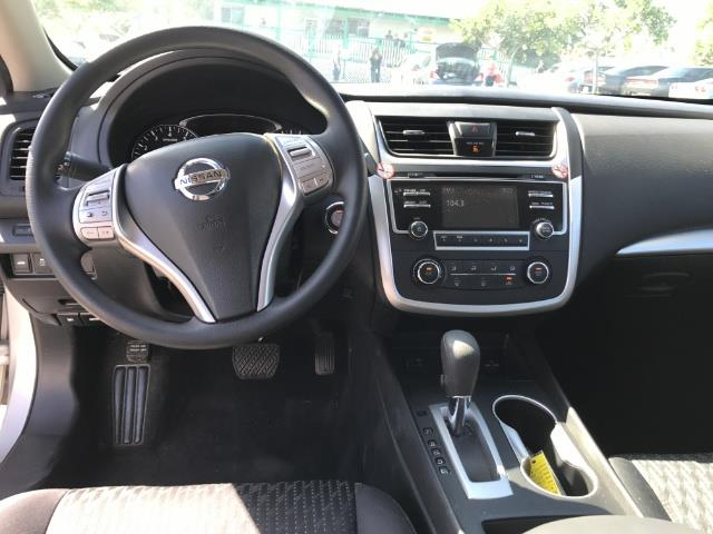 2016 Nissan Altima 2.5 - Photo 10 - Honolulu, HI 96818