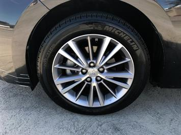2014 Toyota Corolla LE - Photo 16 - Honolulu, HI 96818