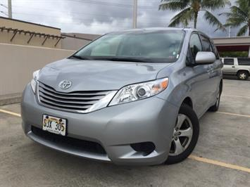 2015 Toyota Sienna LE 8-Passenger - Photo 2 - Honolulu, HI 96818