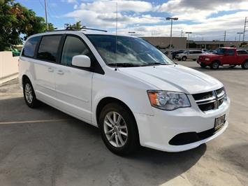 2015 Dodge Grand Caravan SXT - Photo 6 - Honolulu, HI 96818