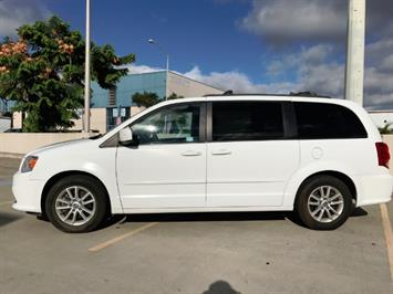 2015 Dodge Grand Caravan SXT - Photo 2 - Honolulu, HI 96818