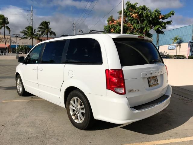 2015 Dodge Grand Caravan SXT - Photo 3 - Honolulu, HI 96818