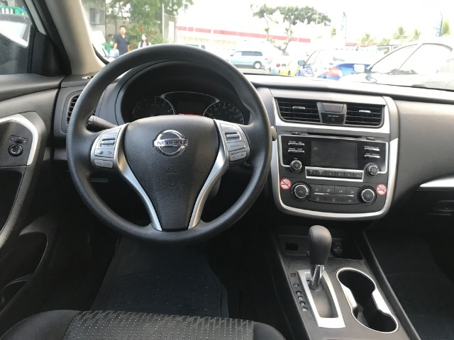 2016 Nissan Altima 2.5 S - Photo 9 - Honolulu, HI 96818