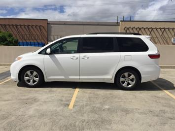 2015 Toyota Sienna LE 8-Passenger XtraEquipment LOADED! - Photo 7 - Honolulu, HI 96818