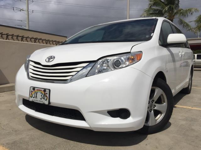 2015 Toyota Sienna LE 8-Passenger XtraEquipment LOADED! - Photo 1 - Honolulu, HI 96818