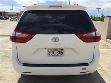 2015 Toyota Sienna LE 8-Passenger XtraEquipment LOADED! - Photo 8 - Honolulu, HI 96818