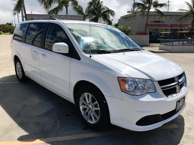 2015 Dodge Grand Caravan SXT Plus photo