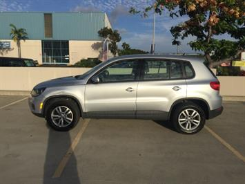 2013 Volkswagen Tiguan S - Photo 7 - Honolulu, HI 96818