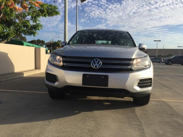 2013 Volkswagen Tiguan S - Photo 5 - Honolulu, HI 96818