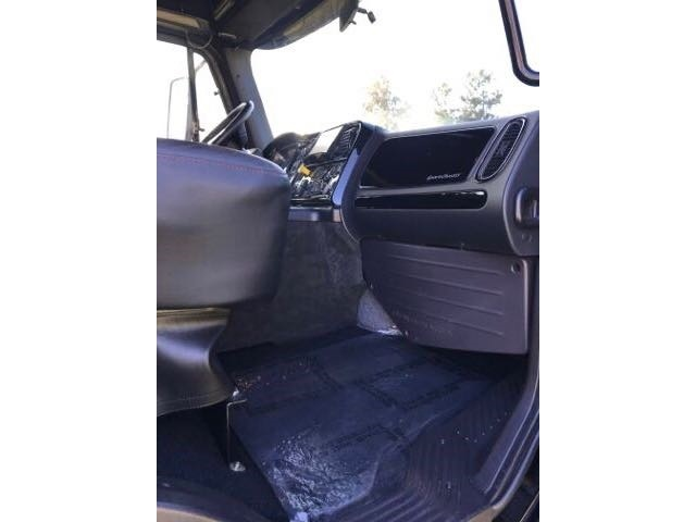 2015 Freightliner P4XL SportChassis for sale in Redlands, CA