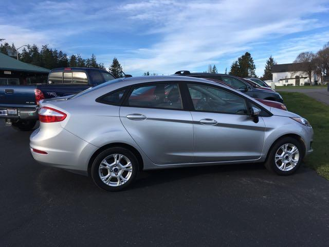 2016 Ford Fiesta SE - Photo 1 - Friday Harbor, WA 98250