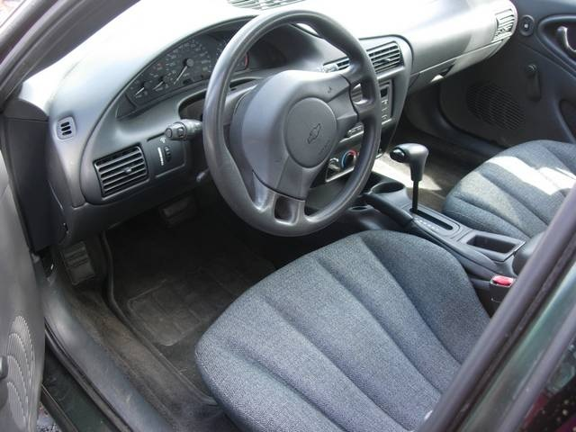 2005 Chevrolet Cavalier - Photo 5 - Friday Harbor, WA 98250