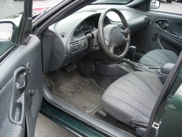 2005 Chevrolet Cavalier - Photo 8 - Friday Harbor, WA 98250