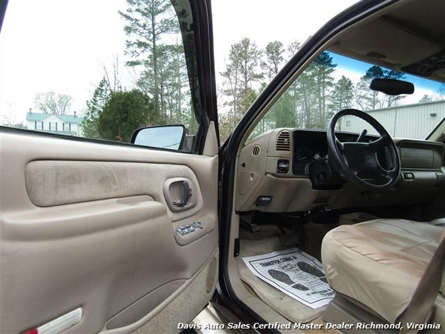 1997 Chevrolet Suburban K 1500 LT 4X4 - Photo 16 - Richmond, VA 23237