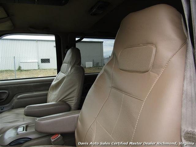 1997 Chevrolet Suburban K 1500 LT 4X4 - Photo 8 - Richmond, VA 23237