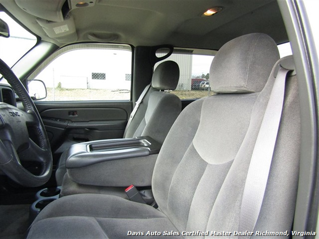 2005 GMC Sierra 1500 SLE 4X4 Crew Cab Short Bed Vortec - Photo 8 - Richmond, VA 23237