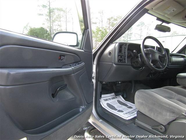 2005 GMC Sierra 1500 SLE 4X4 Crew Cab Short Bed Vortec - Photo 5 - Richmond, VA 23237