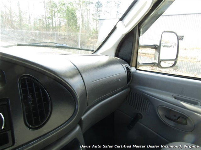 2006 Ford E-350 Roll Up Rear Door Utility Cube Box Work - Photo 20 - Richmond, VA 23237
