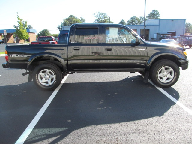 Captivating ... 2002 Toyota Tacoma PreRunner V6 (SOLD)   Photo 4   Richmond, VA 23237  ...