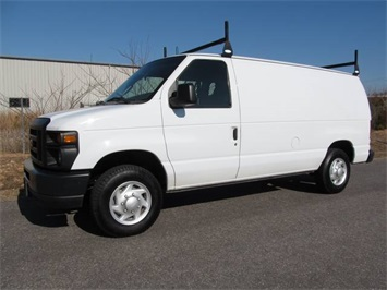2008 Ford E-Series Cargo E-150 Van