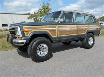 1989 Jeep Grand Wagoneer SUV