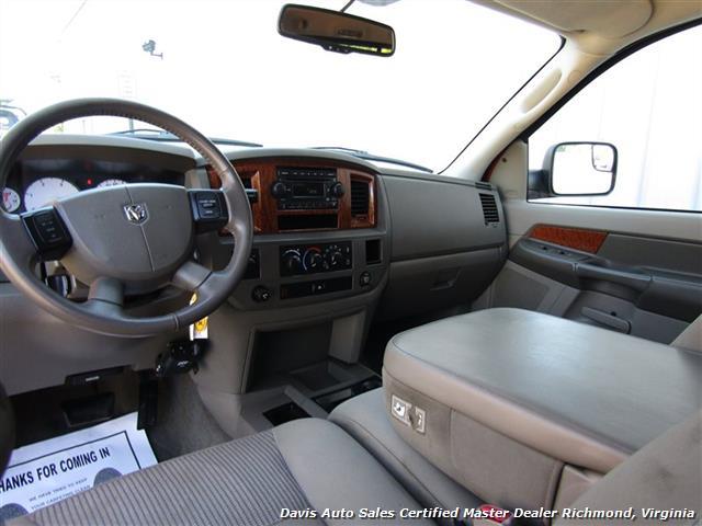 2006 Dodge Ram 2500 HD SLT Mega Cab 5.9 Cummins Diesel 4X4 Short Bed - Photo 38 - Richmond, VA 23237