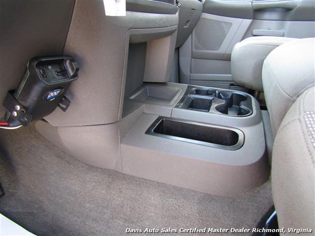 2006 Dodge Ram 2500 HD SLT Mega Cab 5.9 Cummins Diesel 4X4 Short Bed - Photo 33 - Richmond, VA 23237