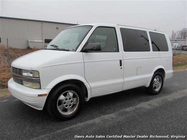 2003 Chevrolet Astro LT Passenger Van