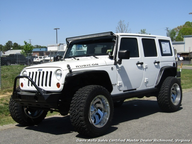 2012 Jeep Wrangler Unlimited Rubicon Lifted 4X4 4 Door Hard Top SUV   Photo  1