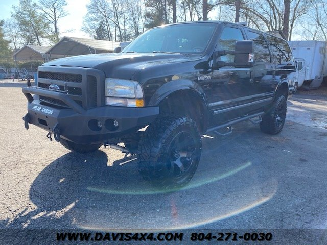 2004 Ford Excursion Limited photo