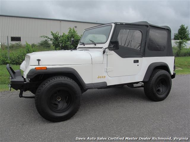 1995 Jeep Wrangler S Rio Grande YJ Dana 30 Soft Top 4X4 AMC 150 Manua