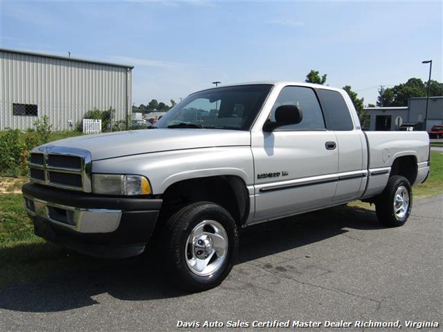 1998 Dodge Ram 1500 Laramie SLT 4X4 Extended Quad Cab Short Bed - Photo 1 - Richmond, VA 23237