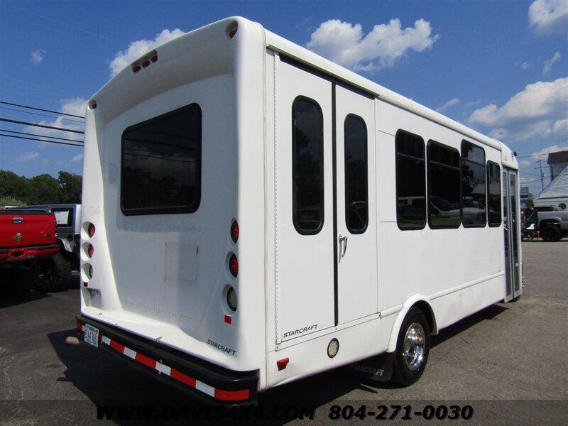 2014 Ford E-450 Econoline Passenger Carrying Handicapped